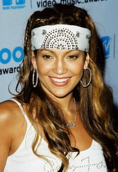 Jennifer Lopez: The best beauty looks over the years 2000s Hairstyles, Celebrity Hairstyles, Cool Hairstyles, Janet Jackson Videos, 2000s Fashion Trends, Star Wars, Hair Shades, Fashion Tag, Grace Kelly