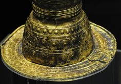 Berlin Gold Hat - detail