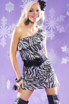 este es un vestido de animal prints
