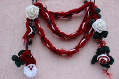 Hey, I found this really awesome Etsy listing at https://www.etsy.com/listing/482710582/crochet-christmas-necklace-red-lariat