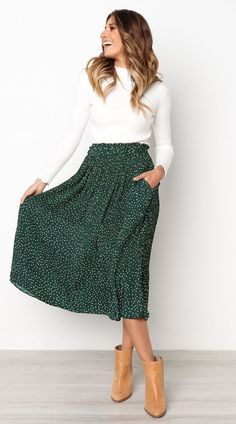 Green Polka Dot Midi Skirt – Jassie Line Green Polka Dot . Green Polka Dot Midi Skirt – Jassie Line Green Polka Dot Midi Skirt – Jassie Line Summer Work Outfits, Spring Outfits, Cool Outfits, Stylish Outfits, Skirt Outfits Modest, Modest Skirts, Maxi Skirt Outfit Summer, Midi Skirt Outfit Casual, Green Skirt Outfits
