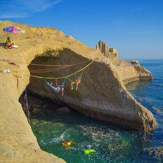 Hormuz Island- #Persian_Gulf, Iran (Persian: جزیره هرمز در خلیج فارس) Photo Credit: Theredlineteam