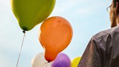 Artikel med gode råd til online storytelling.   Once Upon A Time At The Office: 10 Storytelling Tips To Help You Be More Persuasive