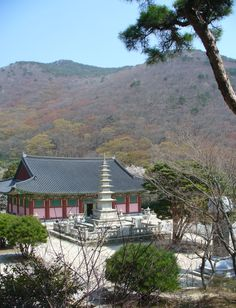 Beomeosa temple, established in 678 on the foothills near Busan, S. Korea.