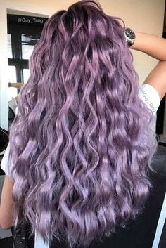 Pastellfarbe Ombre Frisuren und Haarfarben - welliges Haar lila Farbe - Hairstyles, Haircuts and Hair Color - Pastel Purple Hair, Violet Hair Colors, Purple Ombre, Lilac Hair, Hair Color Purple, Hair Dye Colors, Cool Hair Color, Purple Colors, Green Hair