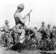 British Infantry - Second Boer War British Armed Forces, British Soldier, British Army, Military Photos, Military History, Modern History, British History, Boxer Rebellion, British Colonial
