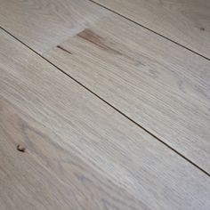 Contemporary light grey oak flooring - Chateau Light Grey oak Grey Wood Floors, Grey Flooring, Wooden Flooring, Concrete Floors, Hardwood Floors, Engineered Oak Flooring, Best Flooring, Flooring Options, Rubber Tiles