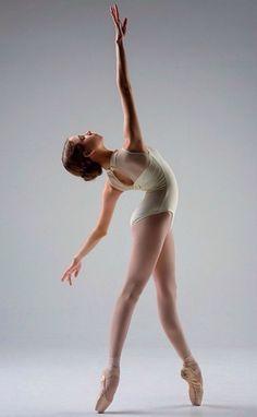 Aspiring Ballerina Katrina Photo Vihao Pam Photography aka @pointefolio  dance | ZsaZsa Bellagio - Like No Other