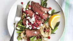 Ricardo's recipes : Grilled Flap Steak with Pomegranate and Feta Feta, Flap Steak, Ricardo Recipe, Grenade, Pomegranate Seeds, Cobb Salad, Asparagus, Barbecue, Grilling