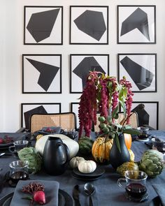 When planning a holiday meal, it's important to consider the following to create a memorable tabletop that is conversational, inspirational and functional. Work on your space plan– If…