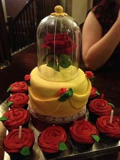Beauty and the Beast themed cake and cupcakes Pretty Cakes, Cute Cakes, Beautiful Cakes, Amazing Cakes, Yummy Cakes, Beauty And Beast Birthday, Beauty And The Beast Theme, Beauty And The Beast Cupcakes, Fancy Cakes
