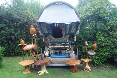 Pete the Wagons place. ♦ Blogspot ♦ Facebook ♦ Flickr ♦ Formspring ♦ Etsy ♦