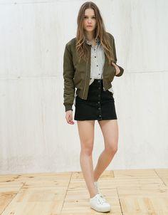 Buttton denim skirt. bers.hk/5614/847
