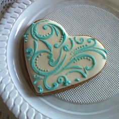Amazing iced cookies at a friends wedding!!