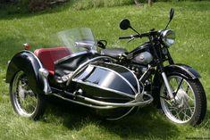 Nimbus 1952 with Bender Sidecar
