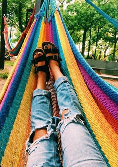 Summer Vibes Summers in a hammock Summer Goals, Summer Fun, Et Wallpaper, Summer Wallpaper, Wallpaper Backgrounds, Design Patio, Design Design, Hippie Stil, Surfer