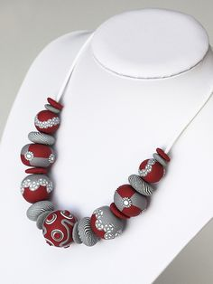 full funny beads by Marta Navratilova, via Flickr