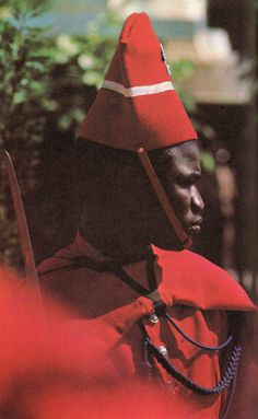 """Sénégal"" de Armand Lunel, Editions Rencontre, Lausanne, 1966. Photographies d'Armand Dériaz."