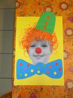 Clown: --> een ronde stempel in rode verf voor de neus --> met een wc-rolletje haar laten stempelen --> 3 stipjes onder elkaar zetten met een stempel voor de hoed --> ronde bolletjes kleven op de strik