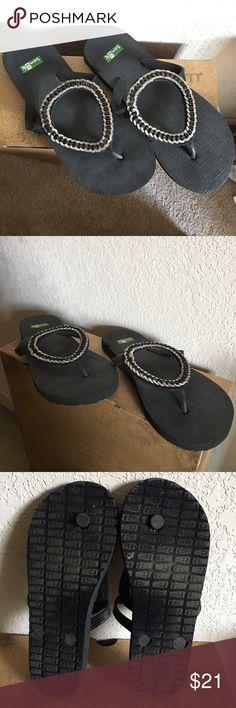 Sanuk Ibiza Monaco sandals Sanuk Ibiza Monaco black sandals size 5 in great condition barely worn! Sanuk Shoes Sandals