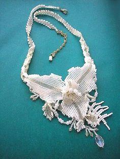 Beadwoven jewelry by Oksana Kameneva