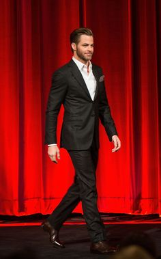 Chris Pine helped announce the Oscars nominations in LA on Thursday.