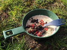 Our tips and tricks for food on multi-day treks. What to bring, how much you will need and how you can avoid eating the same each night. Norway Camping, Trek, Canning, Eat, Hiking, Food, Walks, Essen, Trekking