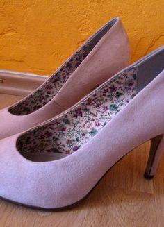 Kupuj mé předměty na #vinted http://www.vinted.cz/damske-boty/lodicky/9204603-svetle-ruzove-semisove-lodicky-graceland