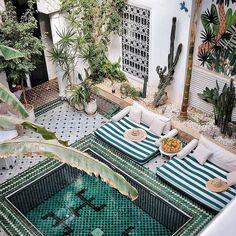 """3,750 kedvelés, 87 hozzászólás – a l i c e + g a b y (@leriadyasmine) Instagram-hozzászólása: """"Happy new year ⭐️ follow your dreams  #leriadyasmine #marrakech #happynewyear #2018 #riad #morocco…"""""""