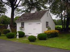 saltbox garden shed | ... Style Post and Beam Carriage Houses, Garden Sheds and Country Barns