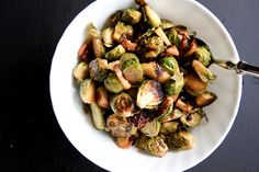 Roasted Brussel Sprouts with Bacon and Apples by backtoherroots #Brussel_Sprouts #Apples #Bacon #backtoherroots
