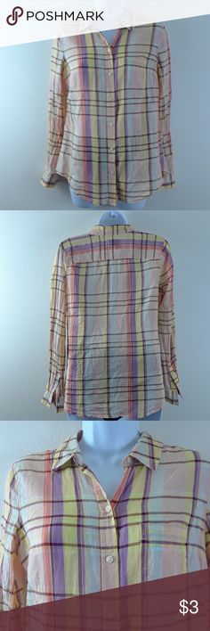 OLD NAVY XS PLAID BUTTON DOWN SHIRT Size XS, pastels, 100% cotton. Old Navy Tops Button Down Shirts
