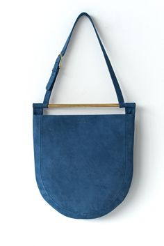 Arc Tote in Chalk Suede Blue