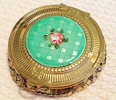 Deco-EVANS-green-guilloche-enamel-on-gold-tone-mesh-compact-circa-1930s
