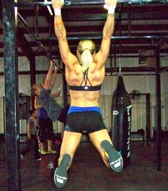 """""""Toes To Bar - 6 Tips For Beginners"""" by Dani Horan   Eat to Perform"""