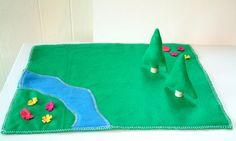 Estera del fieltro del juego con árboles - casa muñeca Reyes tierra - Woodland - césped - sentía juguete - Zooble FPM1