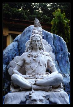 statue of Shiva taken in Rishikesh 2003 Shiva Wallpaper, Galaxy Wallpaper, Sculpture Art, Sculptures, Shiva Tattoo Design, Shiv Ji, Clay Wall Art, Indian Arts And Crafts, Beautiful Nature Pictures