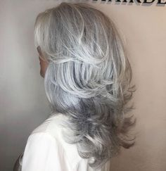 Going Gray, 50 Shades Of Grey, Gray Hair, Big Hair, Hair Makeup, Beautiful Women, Hairstyles, Dreams, Long Hair Styles