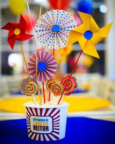 Clown Party, Circus Carnival Party, Circus Theme Party, Carnival Birthday Parties, Circus Birthday, Circus Decorations, Garden Party Decorations, Birthday Party Decorations, Party Themes