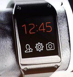 Samsung lance la guerre des montres connectées