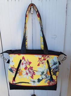 Sac Java en noir et jaune à fleurs cousu par Ange Elle - Patron Sacôtin