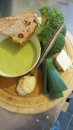 This is one of the new Ayurvedic Soups that i have made on my silent retreat. Leek, Broccoli & Almond with Paneer Soup eaten with home made Walnut and Date Bread. Our food needs to be ayurvedic on our retreats but also, so very yummy x
