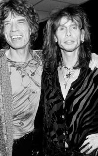 Mick Jagger (The Rolling Stones) and Steven Tyler (The Aerosmith), cousins ? - photo © by Kevin Mazur, Getty Images. The Rolling Stones, Mick Jagger Rolling Stones, Mia Tyler, Rock And Roll, Pop Rock, Georgia May Jagger, Melanie Hamrick, Heavy Metal, Rockers