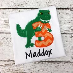 This shirt comes with a machine embroidered birthday design, your child's age & Free Personalization! We use Kavio brand Blanks. To view the size chart Clic