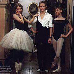 prosthetic-dance: Evgenia Obraztsova, Leonid Sarafanov, and Ekaterina Osmolkina Ballet Images, Ballet Photos, Dancers Feet, The Night Is Young, Ballet Dance, Ballet Skirt, Bolshoi Theatre, Dance Photography, Musical Theatre