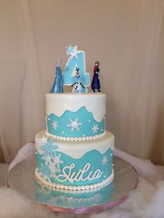 Disney frozen cake. Creative cakes by Robyn