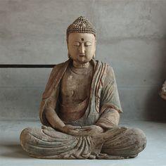 Praying wooden XXL Buddha.