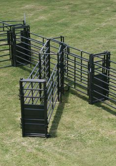 This heavy duty rolling gate is designed for use with rank livestock. It includes a gravity safety latch to prevent accidental opening.