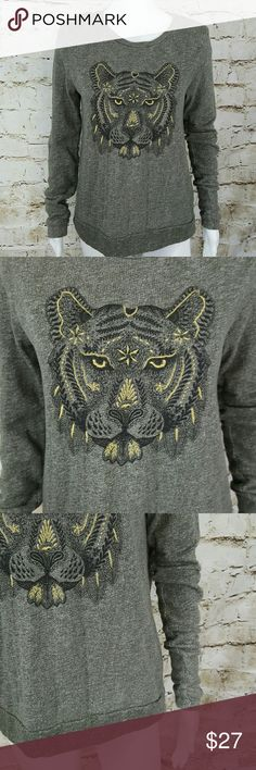 """Lucky Brand Lucky Lotus top Gorgeous embroidery detailed tiger face, excellent condition 20"""" across from armpit to armpit and 27"""" long from shoulder to hem Lucky Brand Sweaters"""