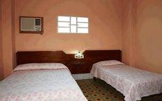 Detalle habitación 1 Cuba, Colonial, Bed, Furniture, Home Decor, Hotels, Live, Decoration Home, Stream Bed